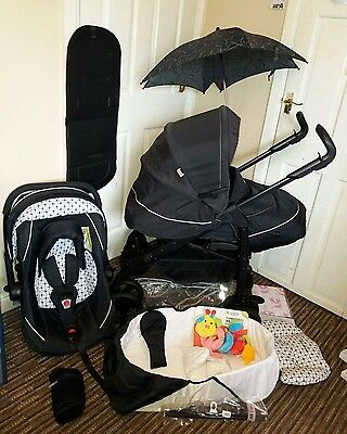 Silver Cross 3D Monochrome travel system. Pushchair, Pram, Car seat, + EXTRAS