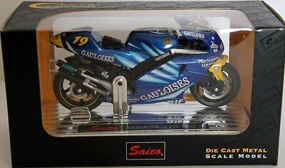 Yamaha Yzr 500 Diecast Model Bike 1:18 Scale - Saico Craftman Series