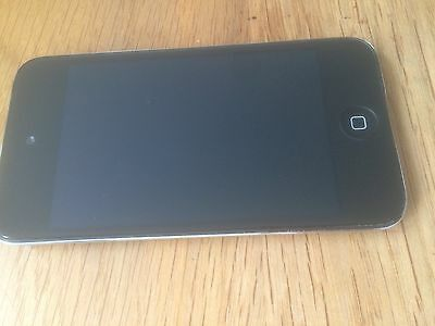 Apple iPod touch 4th Generation (Late 2011) Black (8GB)