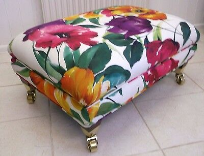 Upholstered Footstool Fabric Ottoman Foot Rest Pouffe Padded Stool Bench