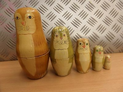 Matryoshka Russian Nesting Dolls CATS 5 PIECES - LOT 3Q