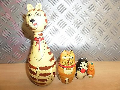 Matryoshka Russian Dolls CATS 4 PIECES - LOT 3T