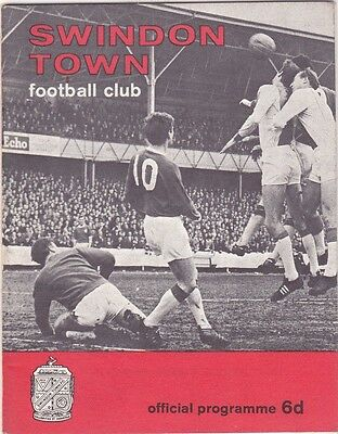 Swindon Town V Bristol Rovers 3Rd Division 21/1/67
