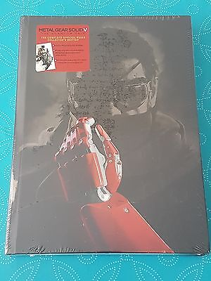 Metal Gear Solid V: The Phantom Pain The Complete Official Guide Collector's Ed