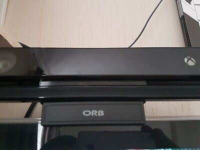 Official Microsoft Xbox One Kinect with tv mount
