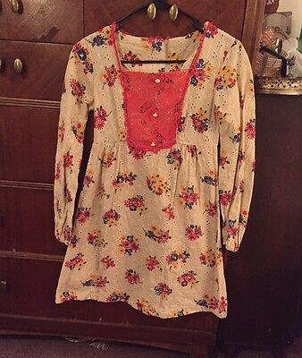 🍄 Vintage Hippie 60's 70's Dress Babydoll Small Burlap Eyelet Floral Radness 🍄