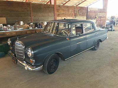 1964 Mercedes-Benz 190-Series  1964 Mercedes 190DC