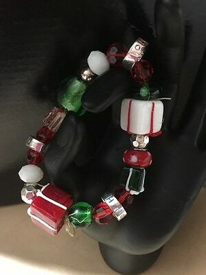 Christmas Ho Ho Ho Present Green Red Holiday Charm Stretch Handmade  Bracelet