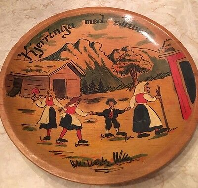Norwegian Folk Art Wooden Bowl Hand Painted Kjerringa med staven Lady With Stick