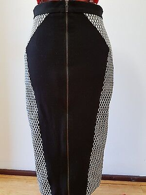 Cue white diamond with black panel contrast skirt size 8
