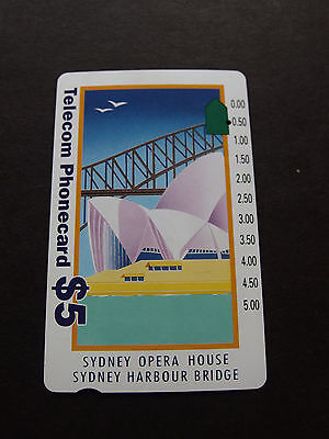 Telecom Phonecard  -1993 $5.00 Opera House -Harbour Bridge - USED-1 hole