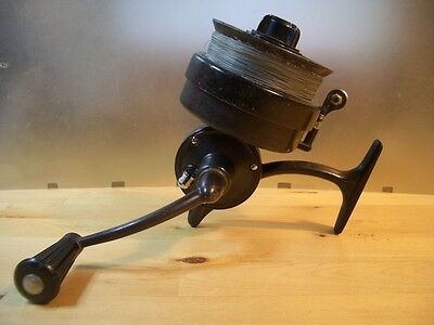 Carrete de pesca SAGARRA  Moulinet ancien Old spinning reel