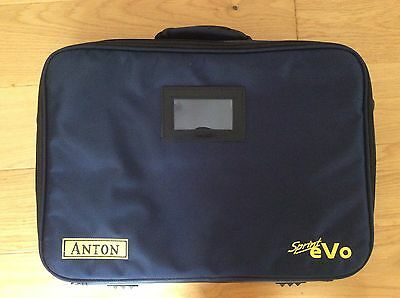 Anton Carry Case