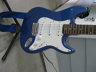 Austin Bazaar Beginner Electric Guitar package. With Amp, Cord, and Soft Case.