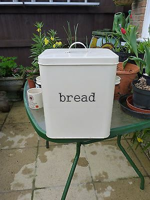 Enamel Bread Bin in cream