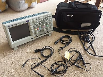 Tektronic Tds 2014C Four Channel Digital Storage Oscilloscope