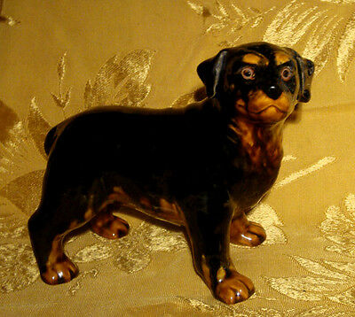 COLIN KELLAM / WESTLAND ROTTWEILER CERAMIC FIGURINE from CLASSIC DOGS COLLECTION