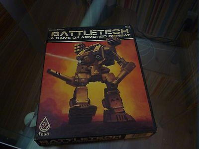 2ND EDITION Battletech: A Game of Armored Combat - Roleplaying FASA