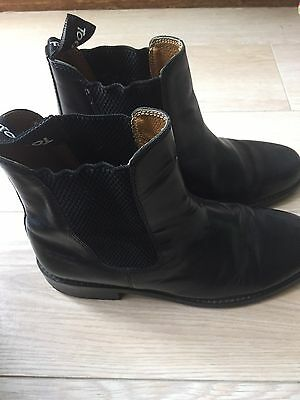 Toggi Childs Equestrian Boots - Black Leather size 3