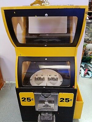 M&M's 25 cent Gumball, Peanuts, Candy Vending Machine w/Keys & Works Fine
