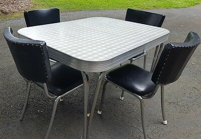 1950'S FORMICA TOP & CHROME KITCHEN TABLE 4 PADDED SEAT& BACK CHAIRS Mid Century