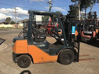 Toyota forklift Container mast 2.5 Tonne Great Forklift
