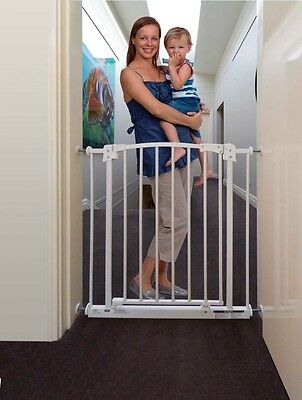 Perma Child Safety Pressure Mount Gate White (Suits openings 73-82cm)740