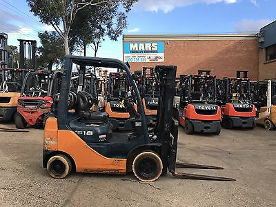 Forklifts Toyota 1.8tonne Container Mast