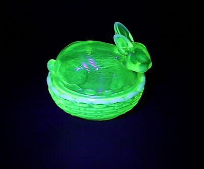 Uranium Opalescent Glass Bunny  Rabbit Nest Dish Mosser Vanity Dressing Table