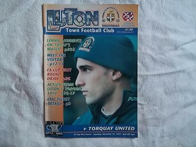 Luton Town v Torquay United 15.11.97 programme