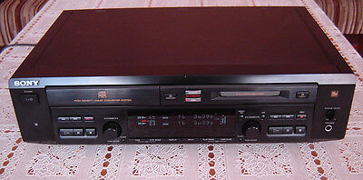 Sony MXD D3 CD Player und Mini Disc Player Kombination.