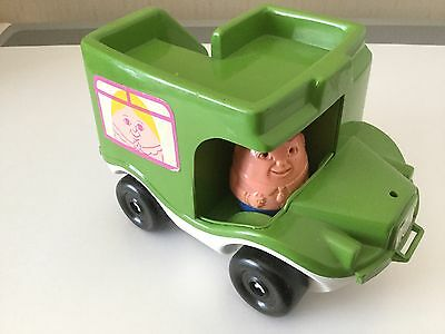 Weebles Green Bus In Good Condition 70S / 80S Vintage Toy Pull Along and driver
