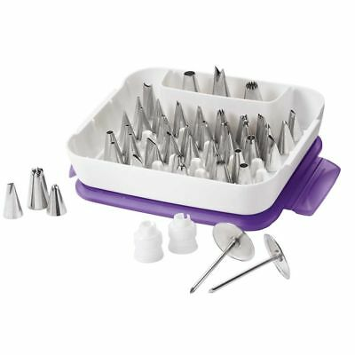 Wilton Decorating Master Tip Set