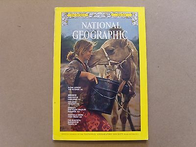 National Geographic Magazine - May 1978 -Robyn Davidson Alone Across The Outback