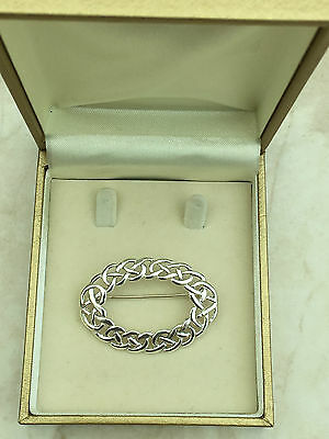 Beautiful Marked Sterling Silver Celtic Knot Oval Brooch 5.13gr