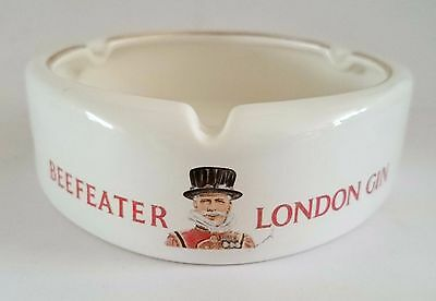 Beefeater London Gin Vintage Ceramic Porcelain Ashtray by Wade England ,Gold Rim