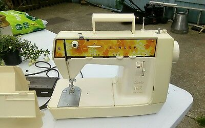 Vintage retro Singer Starlet domestic sewing machine