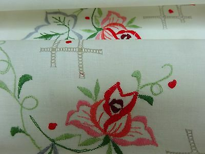 Vintage Linen Tablecloth & Napkins Unused Cloth 30's 40's Embroidered Floral