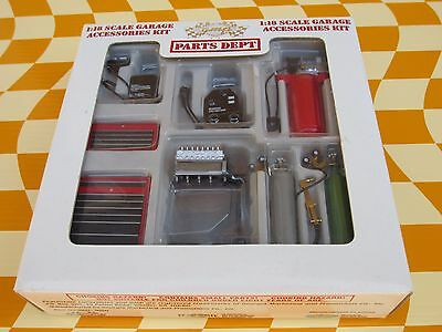 GMP PARTS 1:18 Scale, GARAGE EQUIPMENT ACCESSORIES DIORAMA Tool Chest Welder Etc