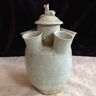 Antique Chinese Oriental Celadon six pointed lidded vase Qingbai Longquan glaze