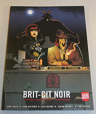 Brit-Cit Noir Judge Dredd 2000AD Graphic Novel Near Mint