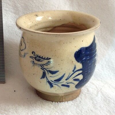 Chinese Oriental blue white yuan ming porcelain pottery brush pot squat vase cup