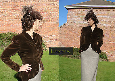 Vintage 1940's brown velvet hat with veil and ostrich feathers topper Dita