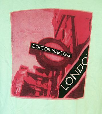 DR. DOCTOR MARTENS AIR WAIR STOREFRONT LONDON ENGLAND TSHIRT WHITE Lg GENUINE