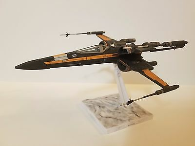 Pro built Bandai Star Wars Poe's Resistance X-Wing Fighter The Force Awakens