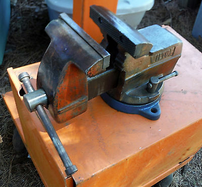 Vintage 5 inch Wilton Vise with Pipe Jaws - Weights around 30 pounds
