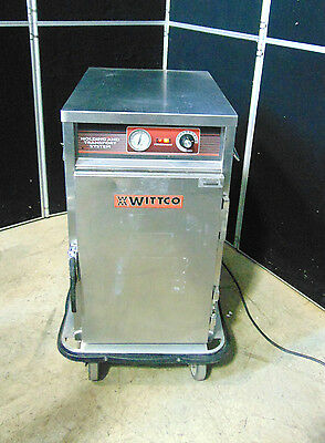Wittco 1220-7 BC Heated Cabinet Heats Up Quickly! Holds Heat Good! S2334