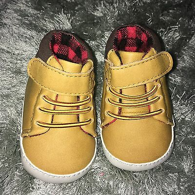 Baby Boy Pram Shoes 0-3
