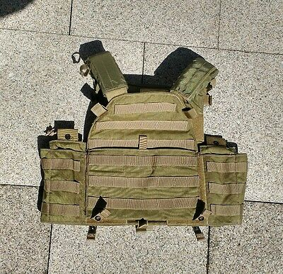 old gen P/N LBT-6094A khaki plate carrier perfect condition
