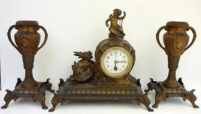 Beautiful Support Fireplace Antique Pendulum Angel Small Pans Clock